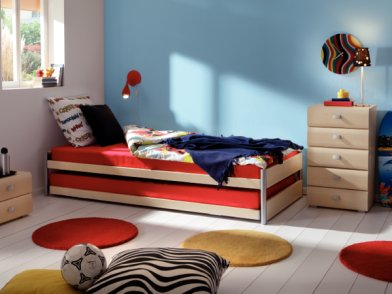 Kinderzimmer holz moebelhuus zetzwil for Holz kinderzimmer